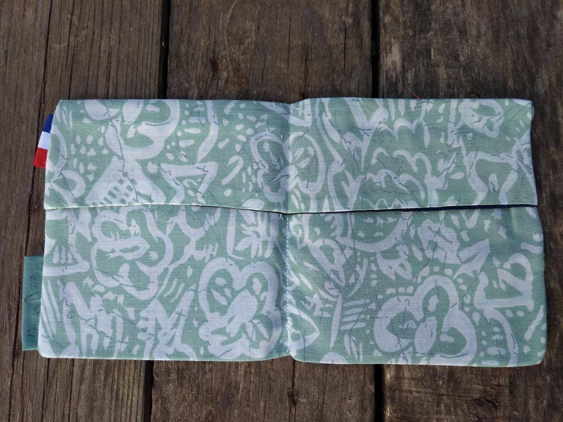 pochette à masque en tissu