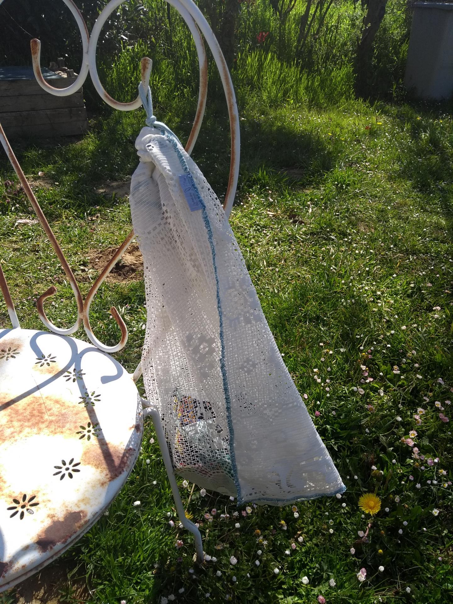 sac à linge en voilage surcyclé